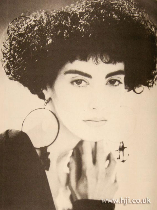 1986 curly bob hairstyle