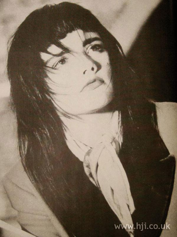 1986 straight layered hairstyle