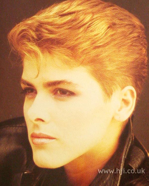 1986 short blonde hairstyle