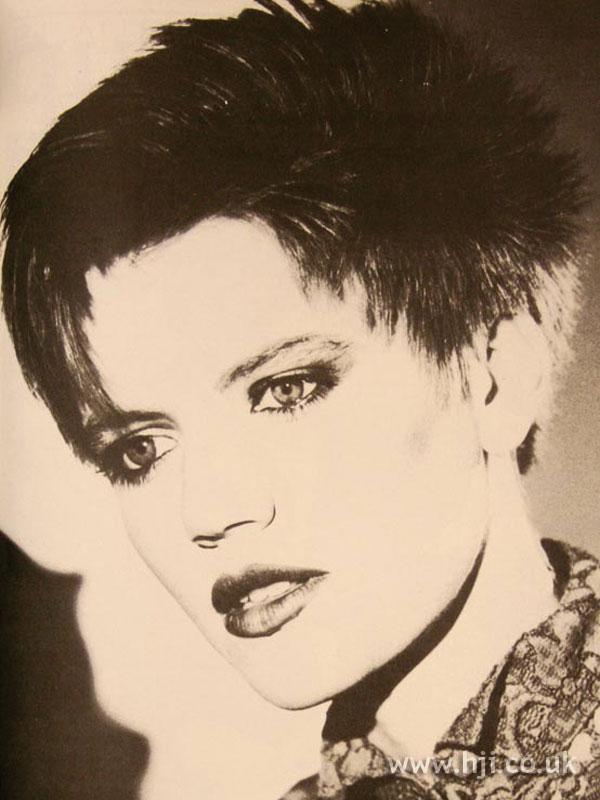 1986 short brunette1