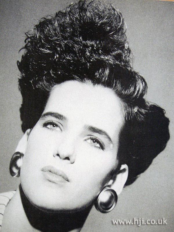 1987 asymmetric quiff hairstyle