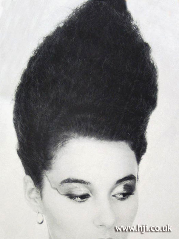 1987 crimped beehive hairstyle