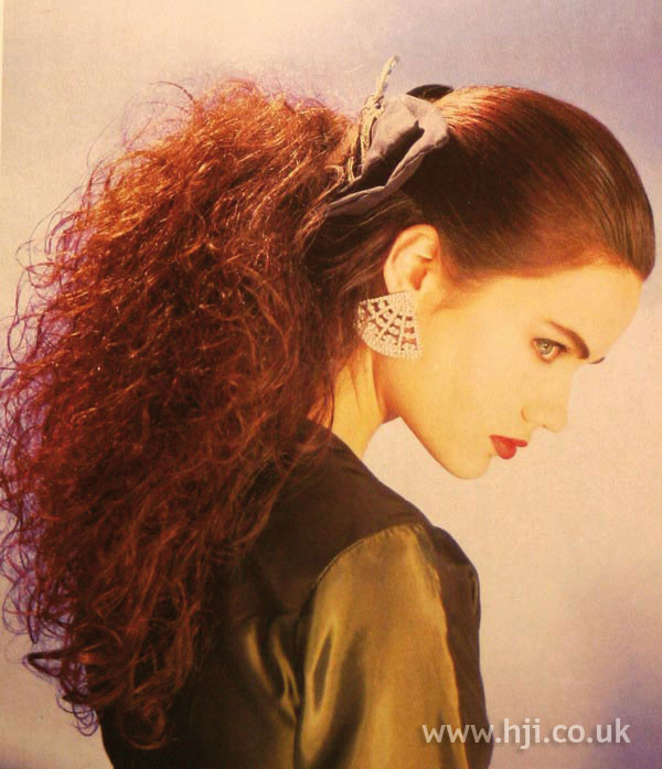 1987 curly ponytail hairstyle
