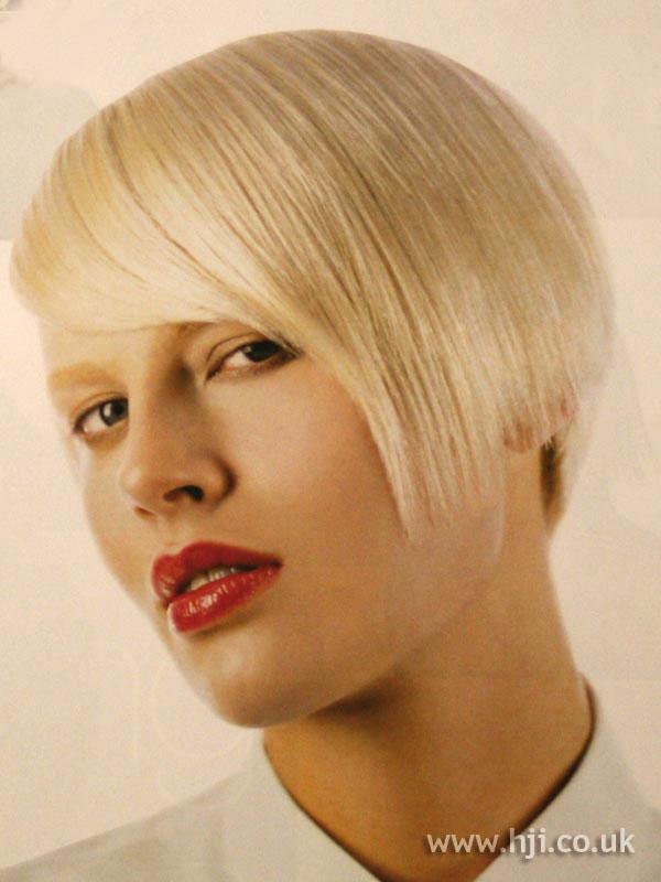 2002 blonde crop