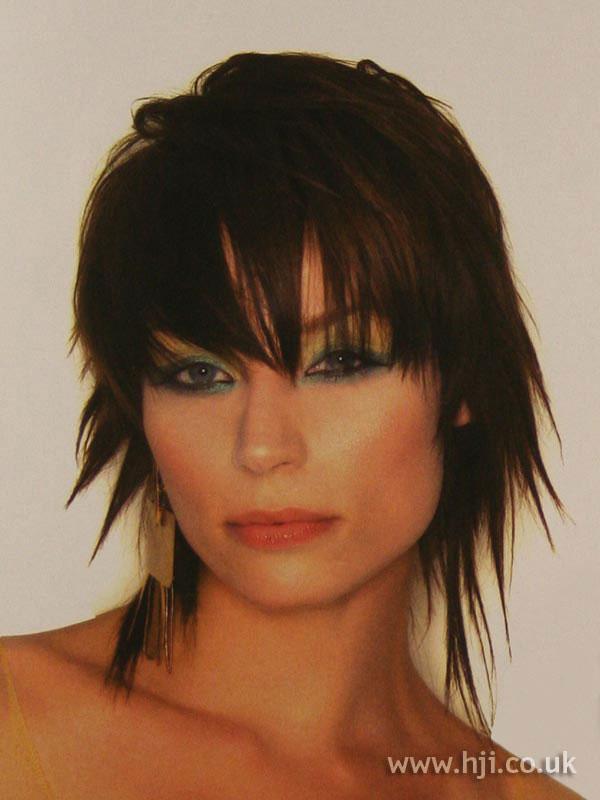 2003 choppy brunette