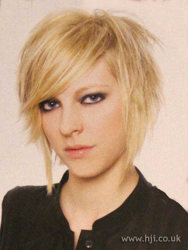 2004 blonde bob1
