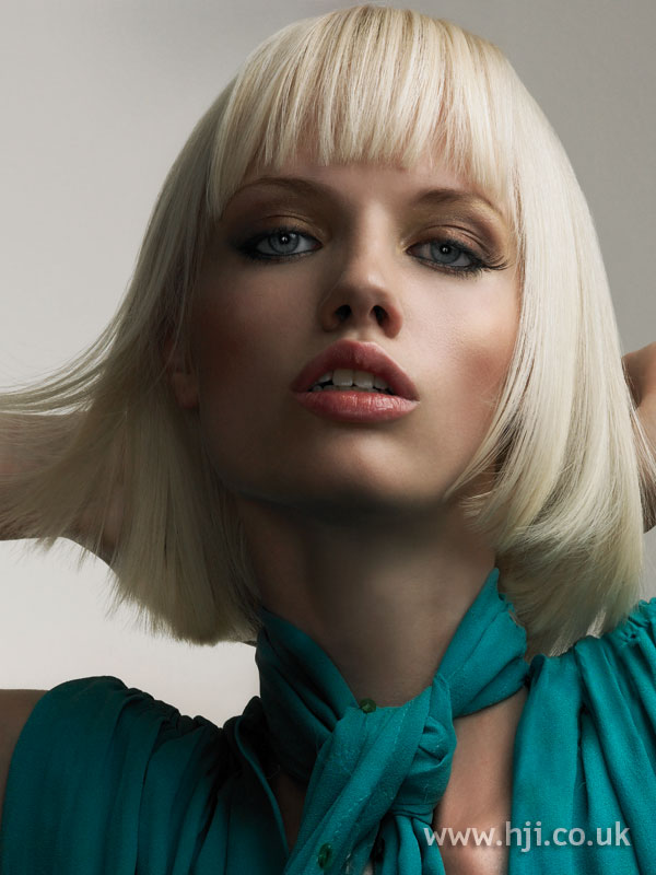 2005 blonde bob3