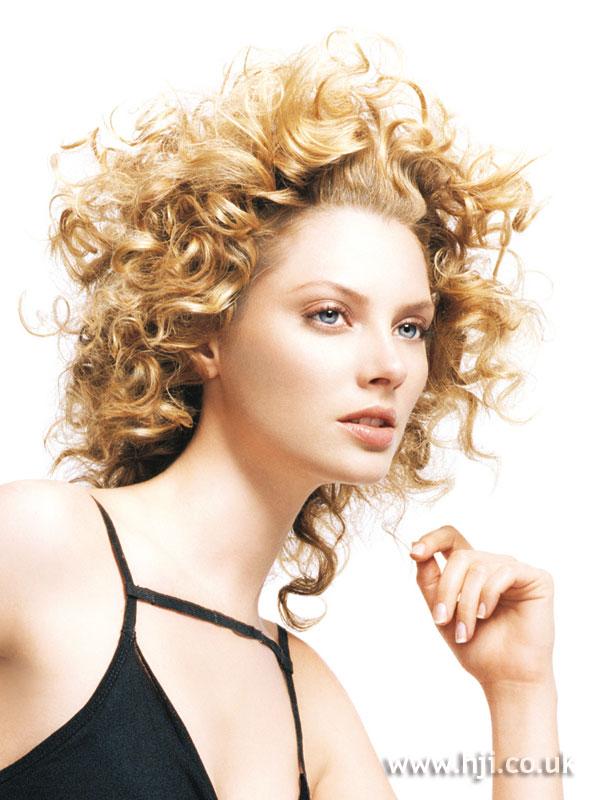 2005 blonde curls10