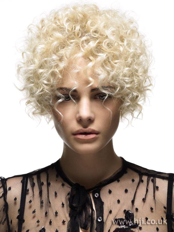 2005 blonde curls13