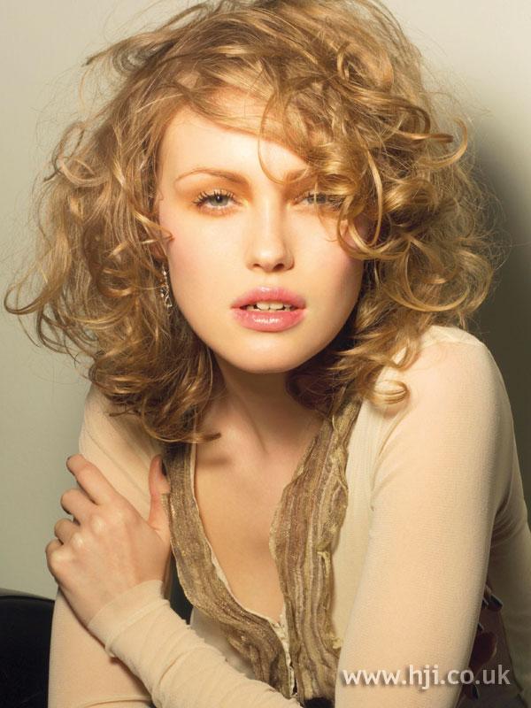 2005 blonde curls5