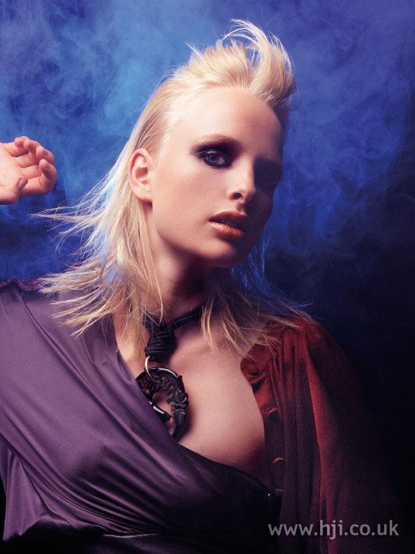 2005 blonde quiff hairstyle