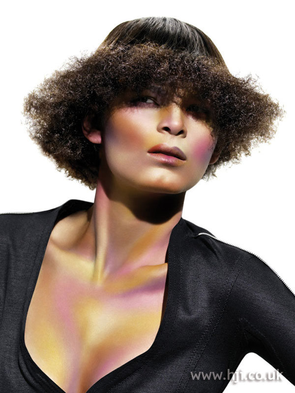 2005 textured bob hairstyle