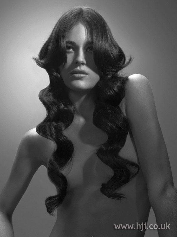 2005 sleek long brunette waves