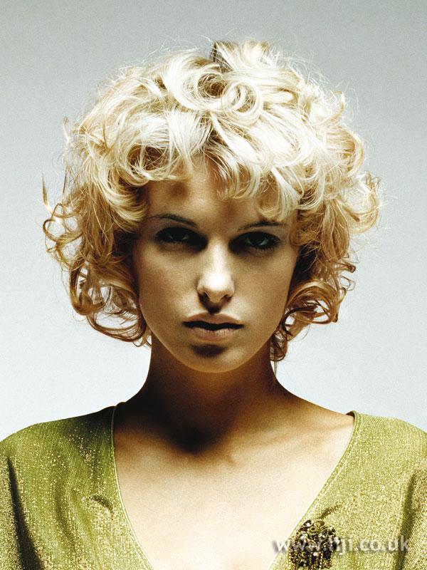 2005 short curls3