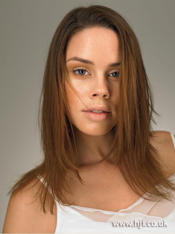 2005 straight brunette