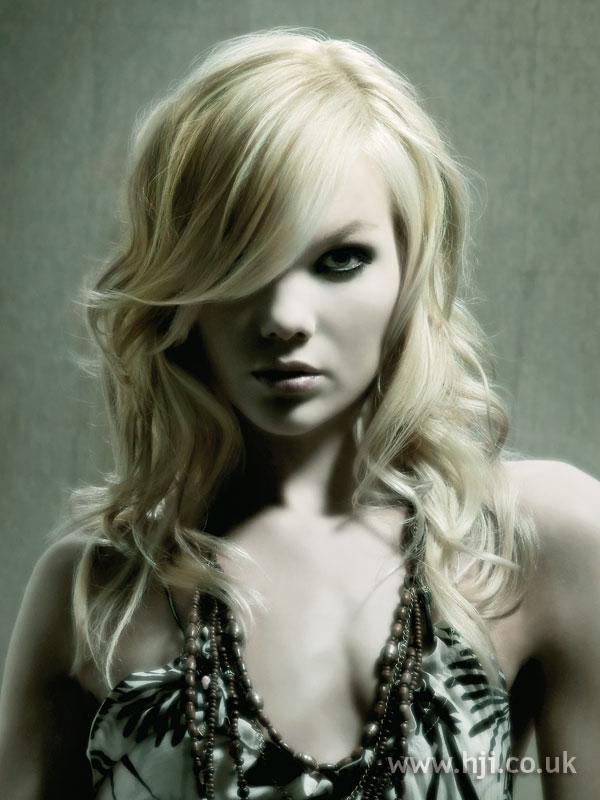 2006 asymmetric blonde1