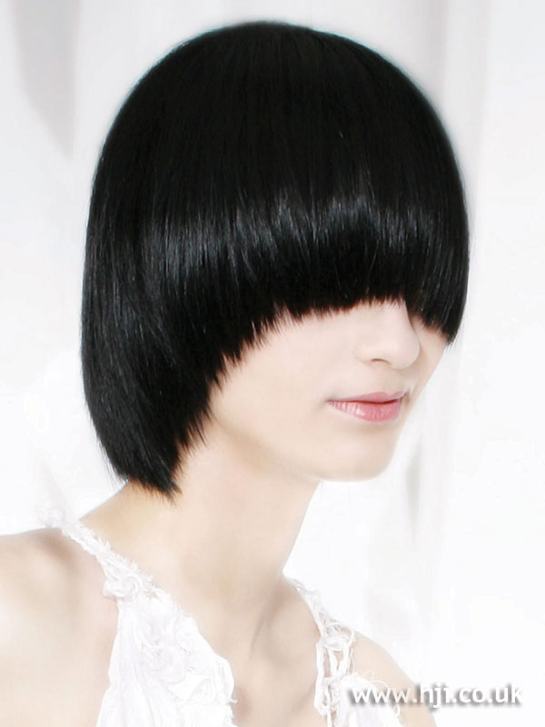 2006 black pageboy hairstyle