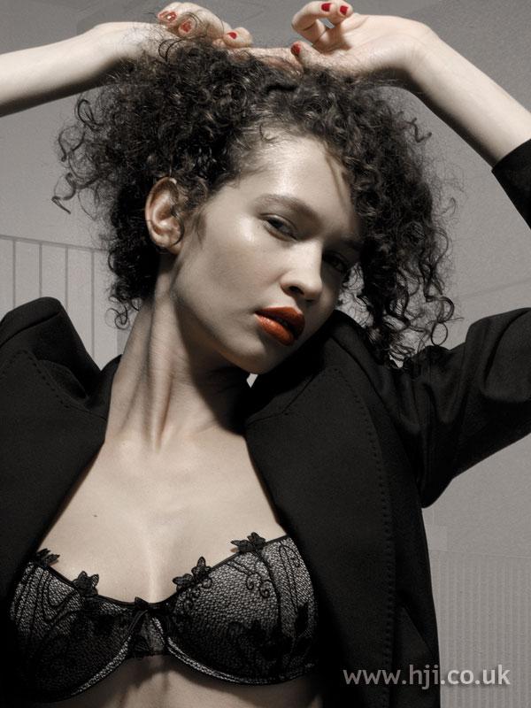 2006 black curls1