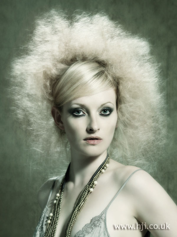 2006 blonde afro1