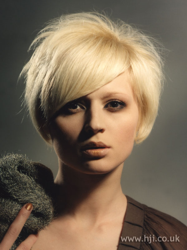 2006 blonde bob7
