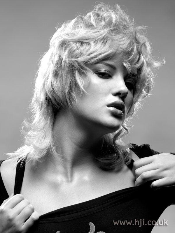 2006 blonde choppy