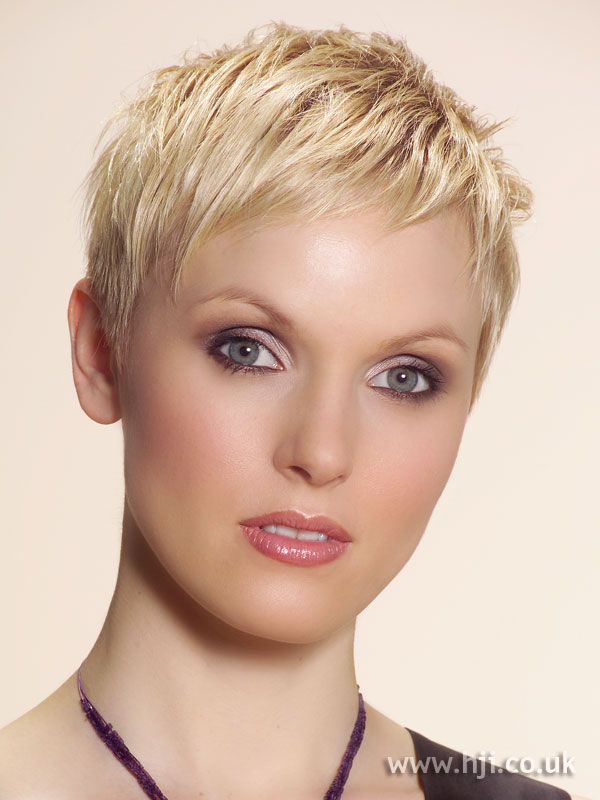 2006 blonde cropped2