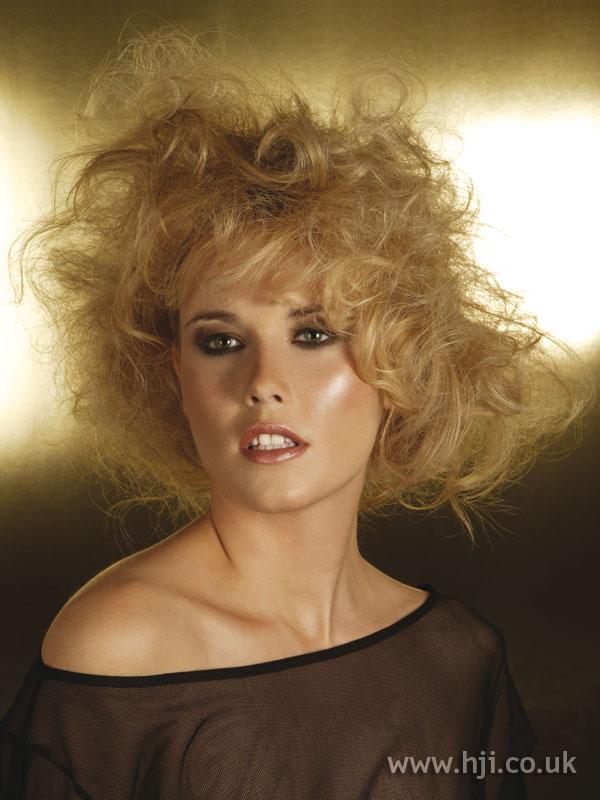 2006 blonde curls12