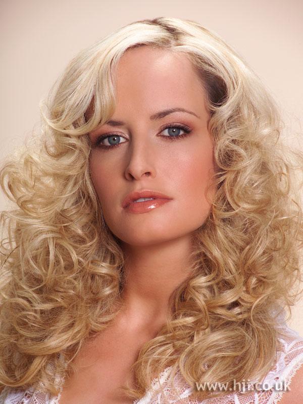 2006 blonde curls14