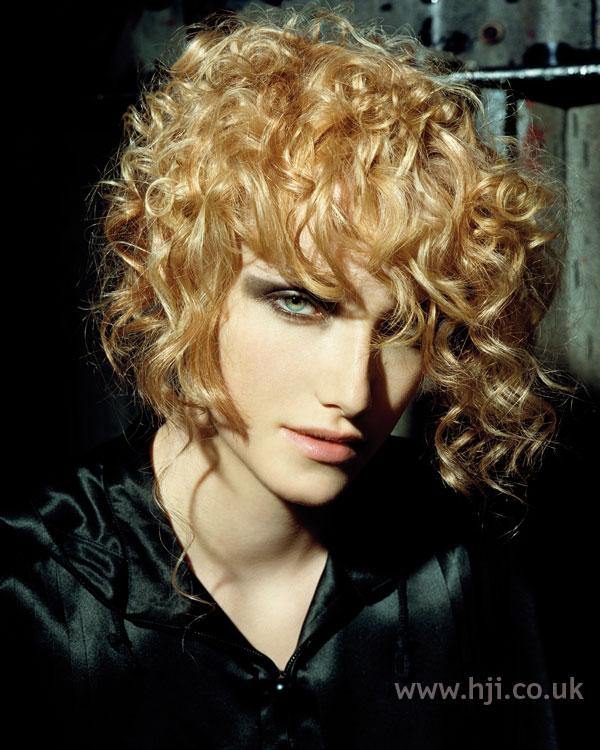2006 blonde curls21