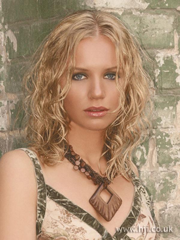 2006 blonde curls9