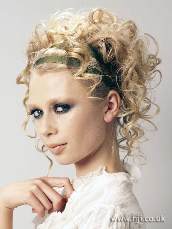 2006 blonde headband