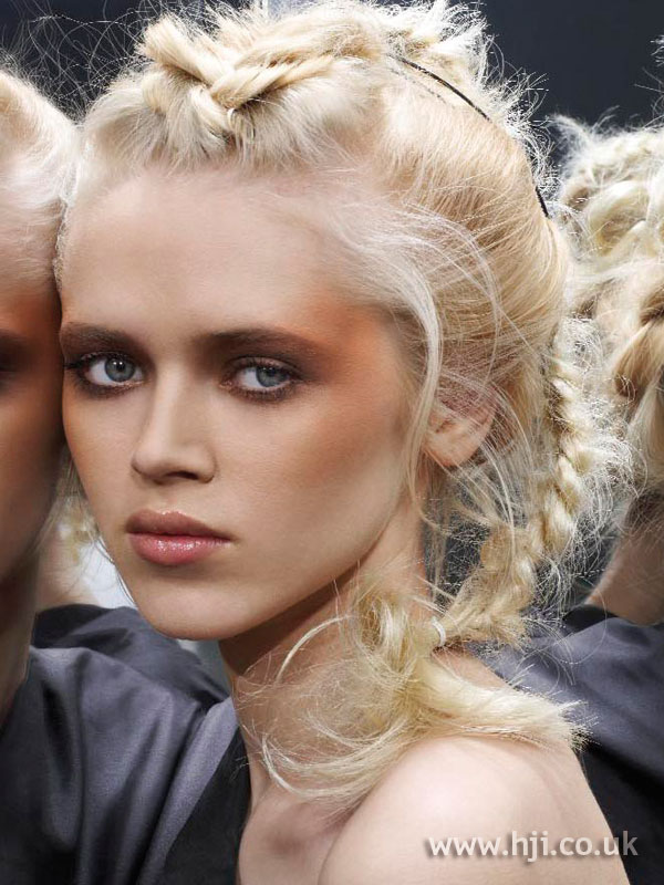 2006 blonde plaits