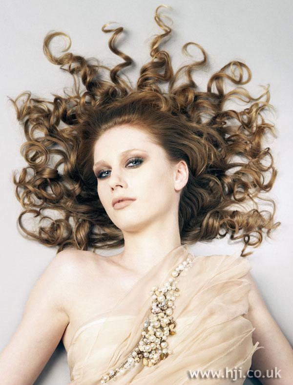 2006 blonde ringlets