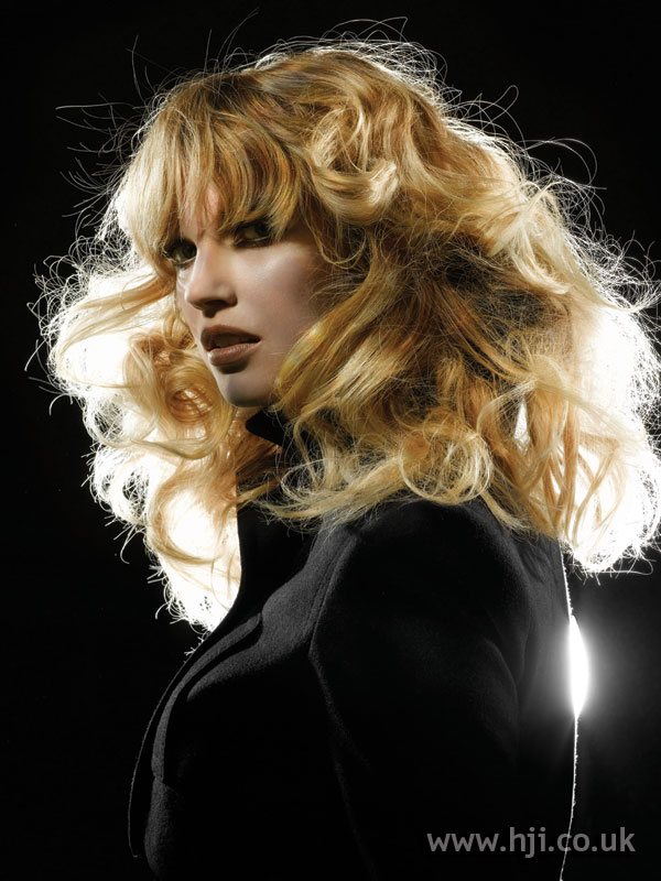 2006 big blonde curls with fringe