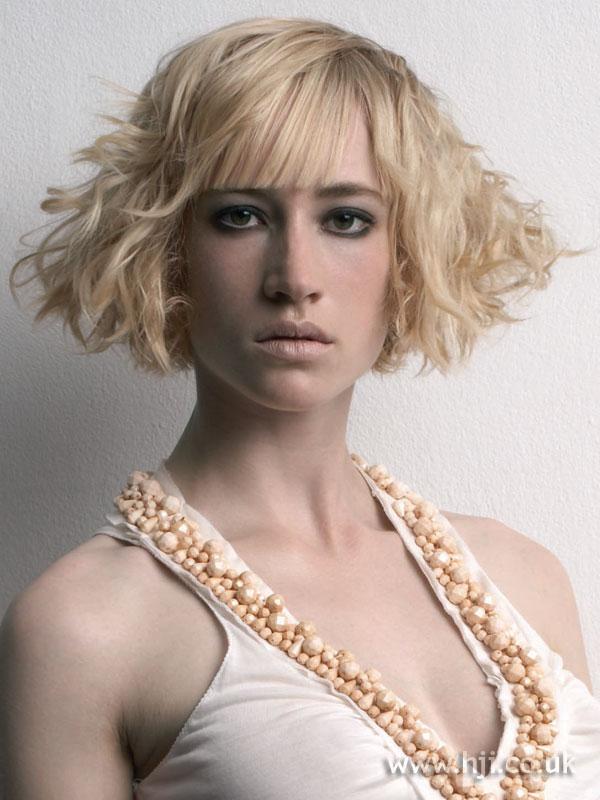 2006 blonde bob hairstyle