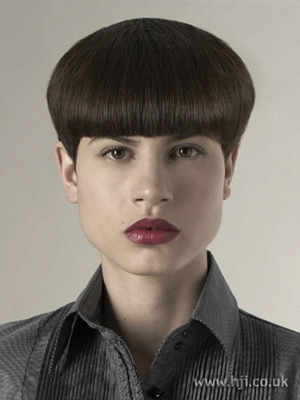 2006 brunette fringe hairstyle