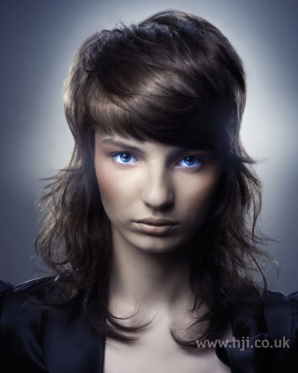2006 brunette fringe4
