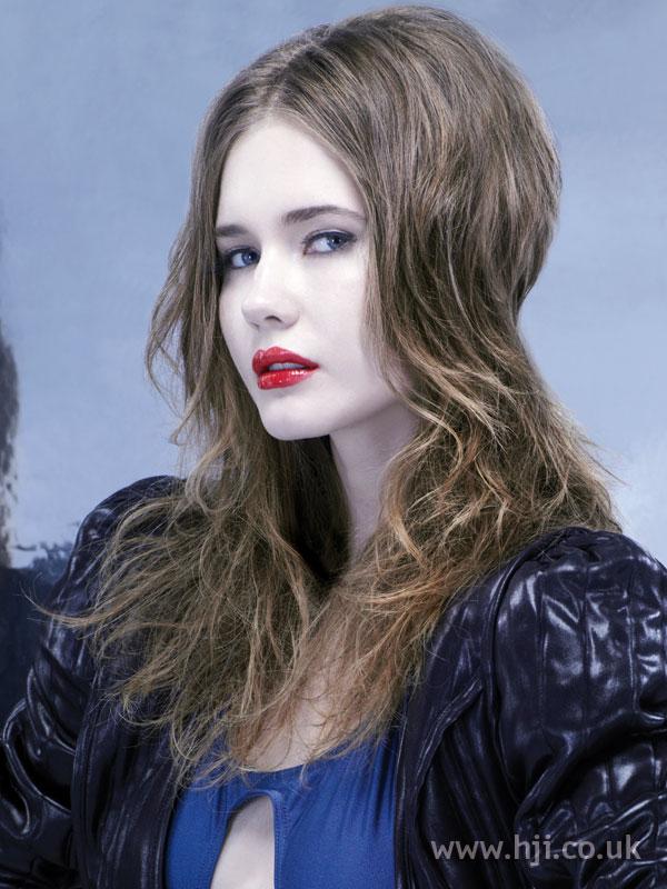 2006 brunette long4