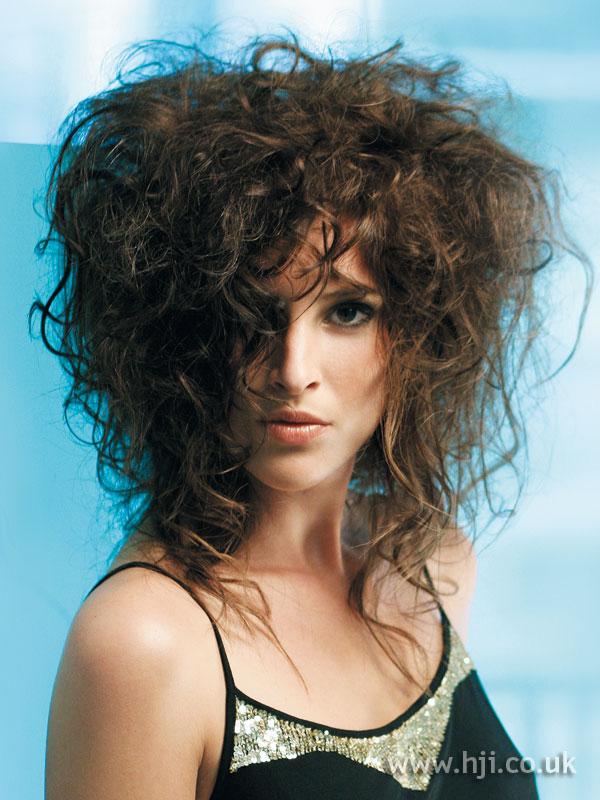 2006 brunette messy3