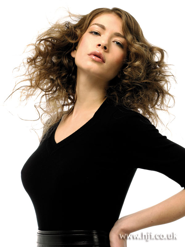 2006 curls width