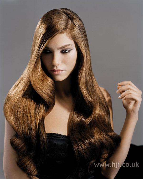 2006 sleek brunette waves