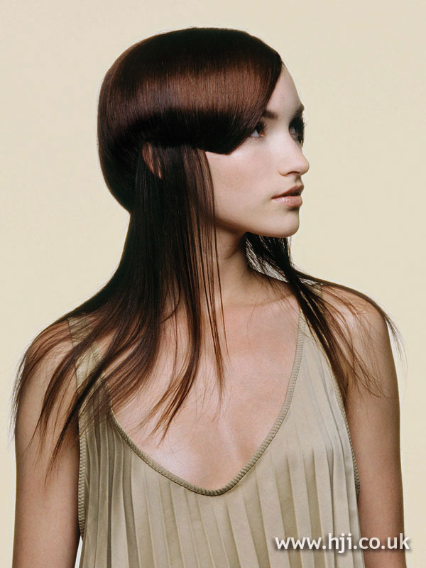 2006 layered red hairstyle