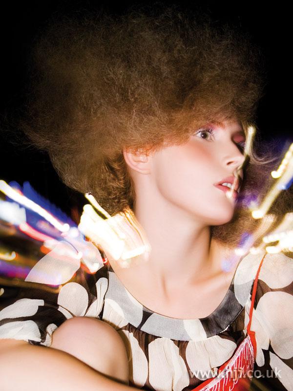 2006 light curls1