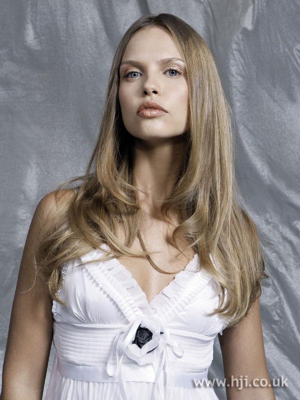 2006 long blonde5