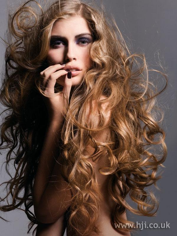 2006 long curls6