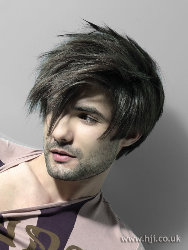 2006 men's layered crop hairstyle