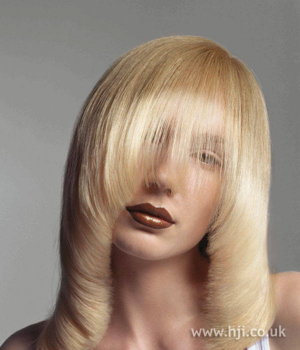 Blonde long pageboy cut with fringe