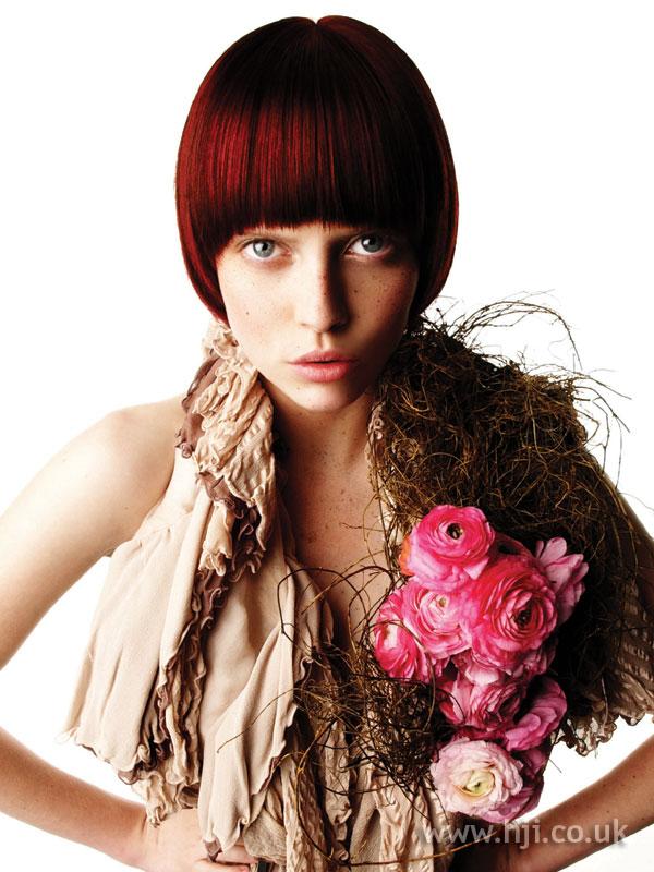 2006 burgundy bob hairstyle