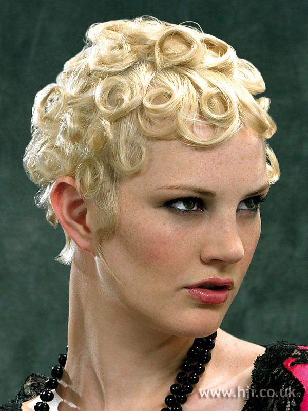 2006 short curls7