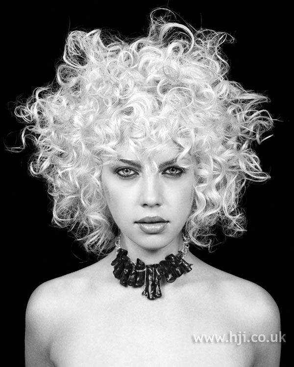 2006 white curls